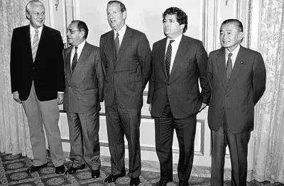 参与广场协议的五国财长