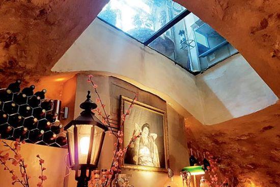 让・伊夫家混合着亚洲和法国风味的餐厅。供图/让・伊夫