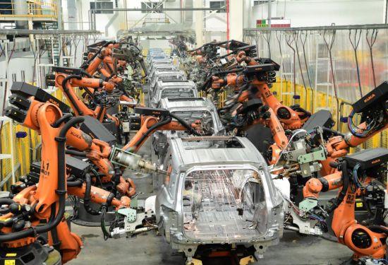 广汽传祺焊装主线实现100%自动化生产